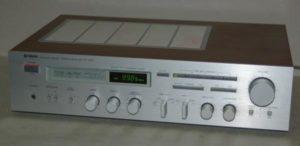 Yamaha R-700 Natural Sound