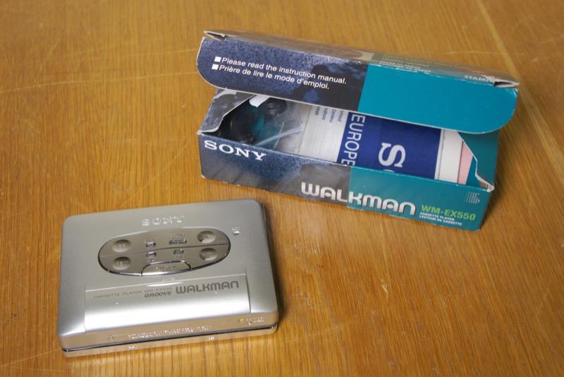 Sony WM-EX550