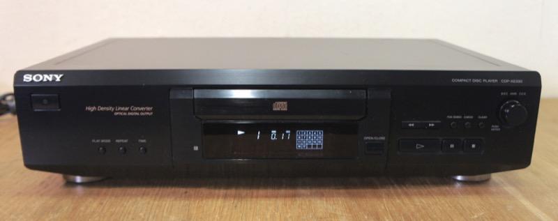 Sony CDP-XE330