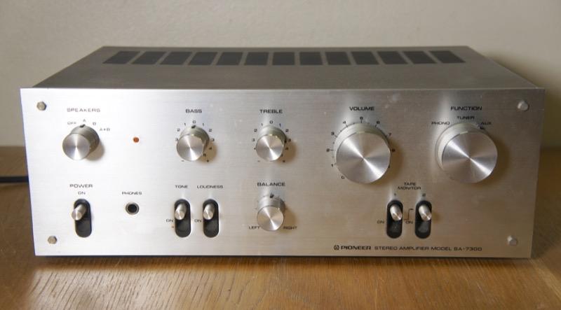 Pioneer SA-7300