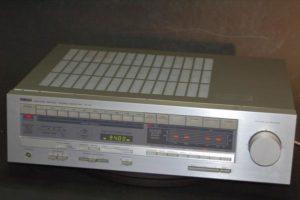 Yamaha R-70