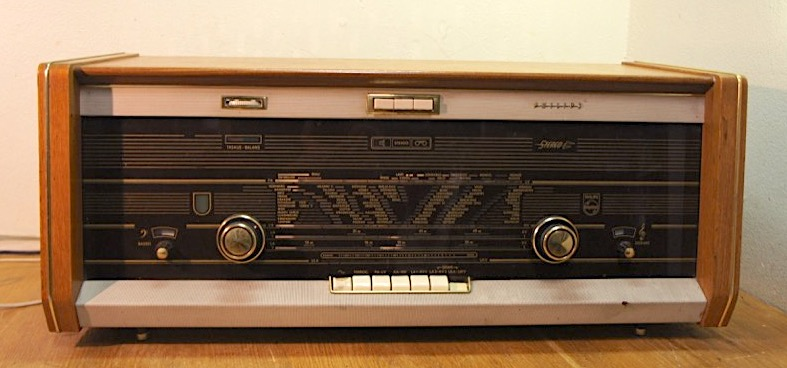 Philips B5SF2A Real Stereo