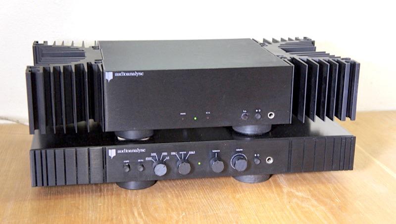Audioanalyse C900 ja B90mkII