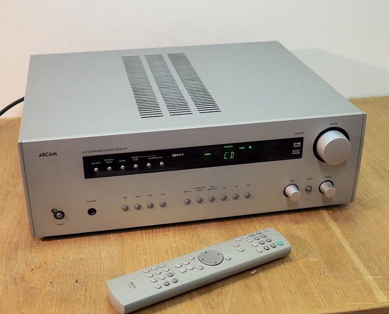 Arcam AVR200