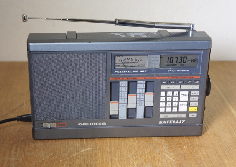 Grundig Satellit 400 International