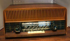 Luxor Tenor pöytäradio