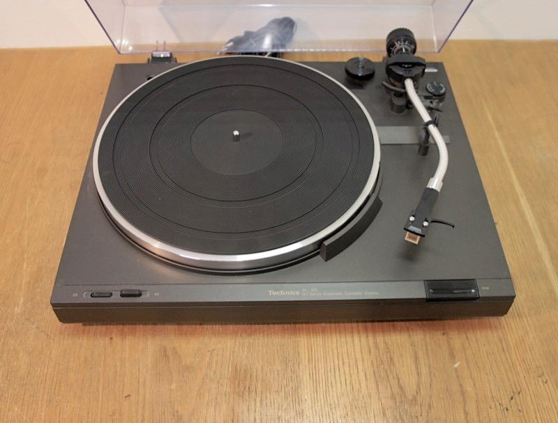 Technics SL-303